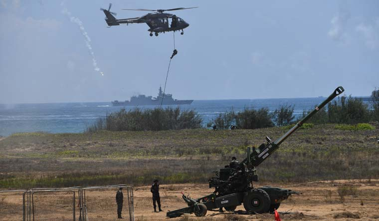 Defence ministry mulls over hosting Defexpo-2020 in Lucknow