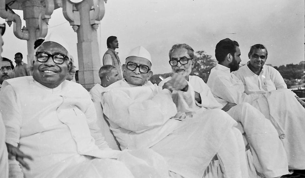 Image result for morarji desai atal bihari vajpayee