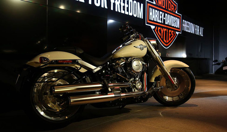 2014 Harley-Davidson® FLSTNSE CVO™ Softail® Deluxe