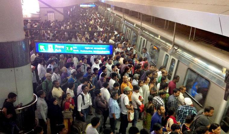 Kejriwal govt loosens purse strings for free public transport for women