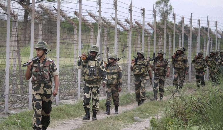 Pakistan violates ceasefire, soldier killed in Rajouri