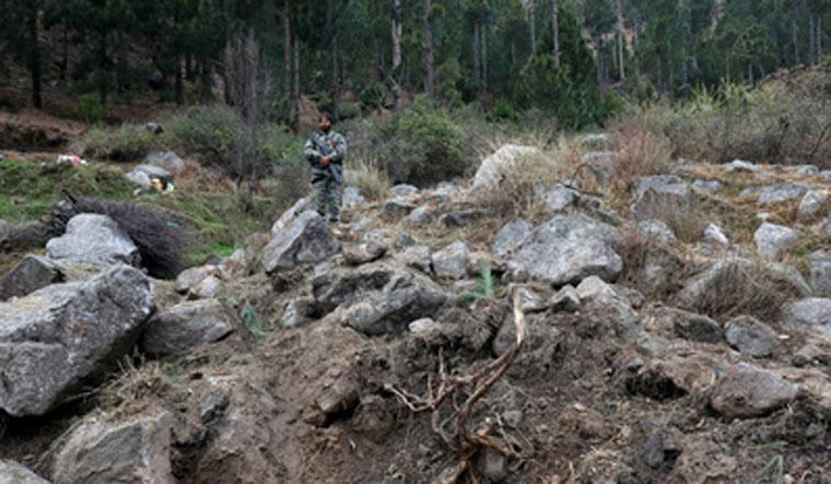 Militants taken into 'protective custody' so Indian jets don't bomb them, says Pak leader