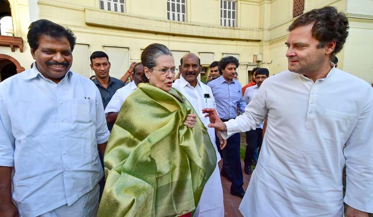 Congress to skip Modi's all-party meet on simultaneous polls