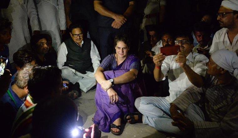 Priyanka firm on visiting Sonbhadra, says ready to go to jail