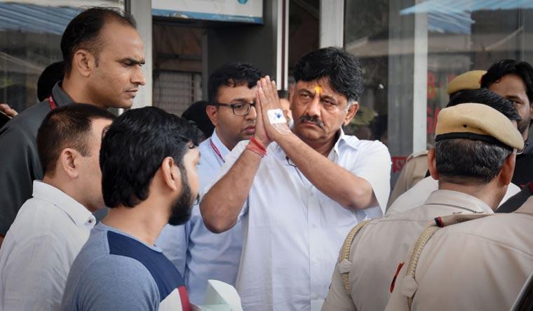 ED 'copy-pastes' Chidambaram petition in plea against DKS, invites SC's wrath