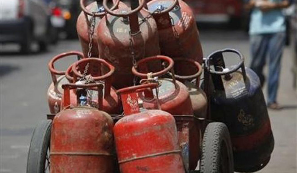 10 dead in cylinder explosion in UP's Mau district