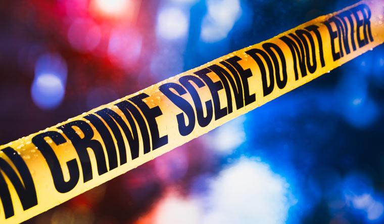 police crime scene murder do not cross shut.'