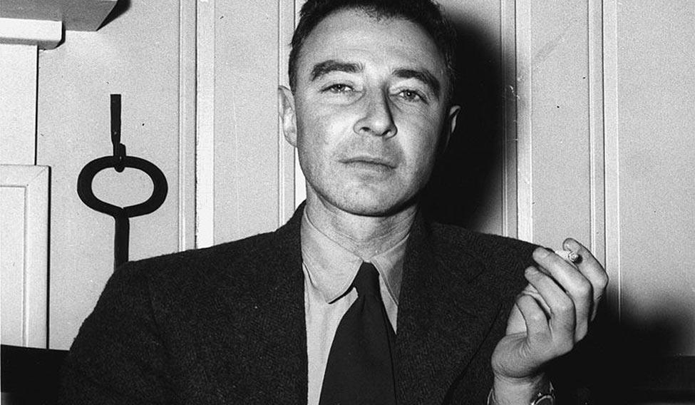 Robert Oppenheimer And Albert Einstein